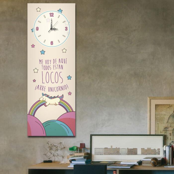 Arre Unicornio con Reloj (70 cm x 24 cm)